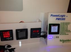 Thiết bị điện Schneider power logic PM5300
